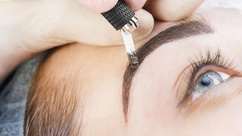 eyebrow embroidery service